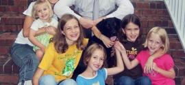 labrador-and-girls